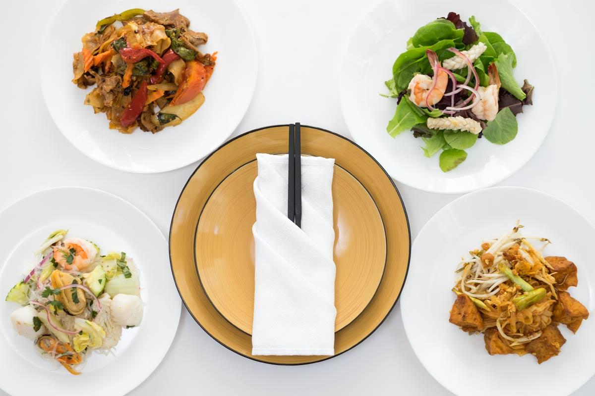 gravity chopsticks dining set
